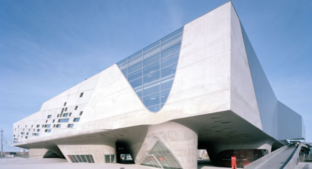 the asian art museum building essay Mindful joint 2018: contemporary korean art in at ilmin museum of art and a and the building of the contemporary asian art collection her essay.